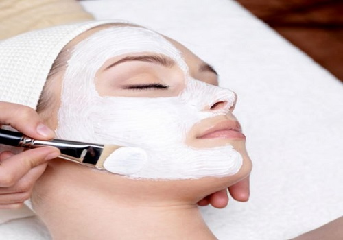 Effective Ways Of Dealing With Four Of The Most Common Facial Skin Issues