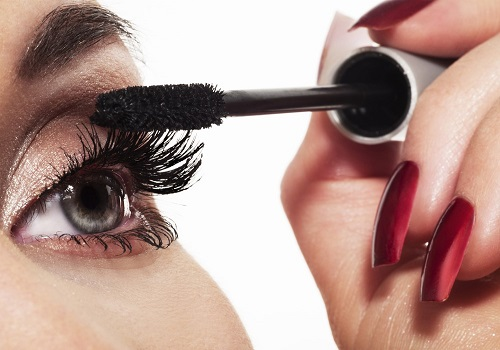Makeup Tips That Keep Your Eyes Gorgeous and Healthy